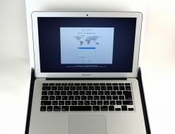 中古 MacBook Air 13-inch,Early 2015 MJVG2J/A買取ました!