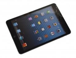 壊れたau iPad mini 16GB ブラック MD540J/A買取ました!
