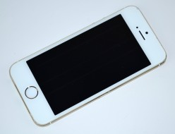 壊れたSoftBank iPhone5s 32GB買取ました!ゴールド ME337J/A