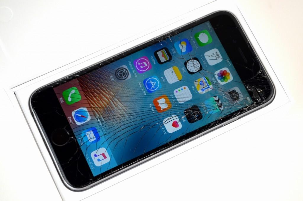 画面割れSoftBank iPhone6 16GB買取ました!スペースグレイ MG472J/A