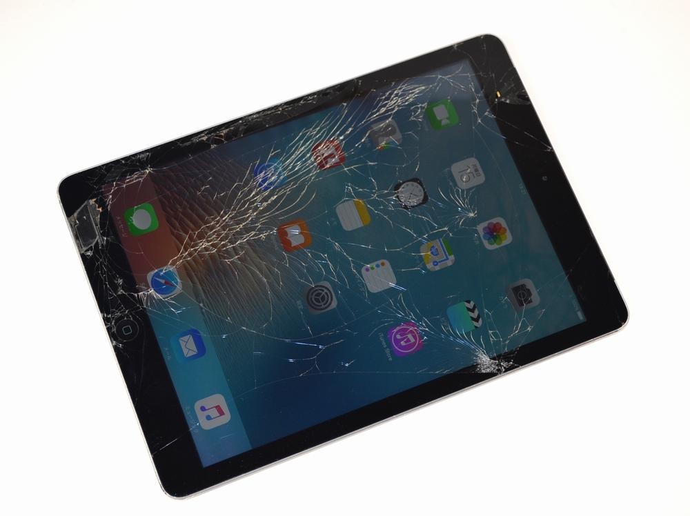 壊れたSoftBank iPad Air買取ました!32GB WiFi,Cell MD792J/A