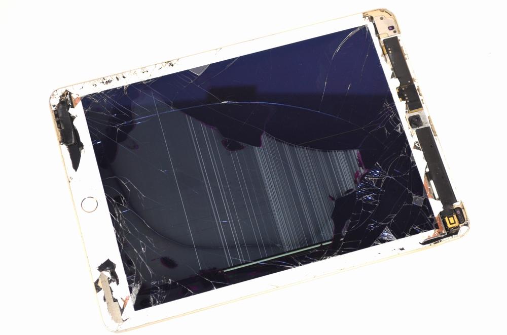 壊れたSoftBank iPad Air2買取ました!64GB WiFi,Cell ゴールド