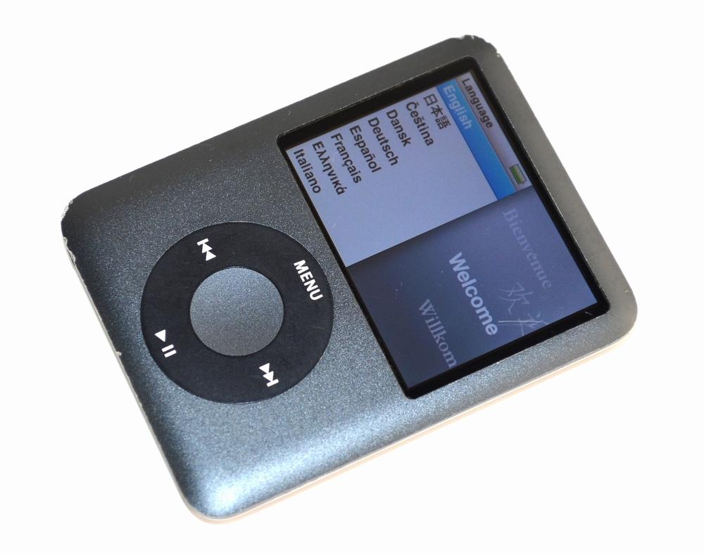 壊れたiPod nano買取ました!8GB MB261J/A 第3世代,中古・壊れたiPodの買取はジャンク品ジャパンまで!