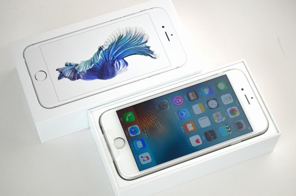 新品 au iPhone6s買取ました!16GB MKQK2J/A シルバー