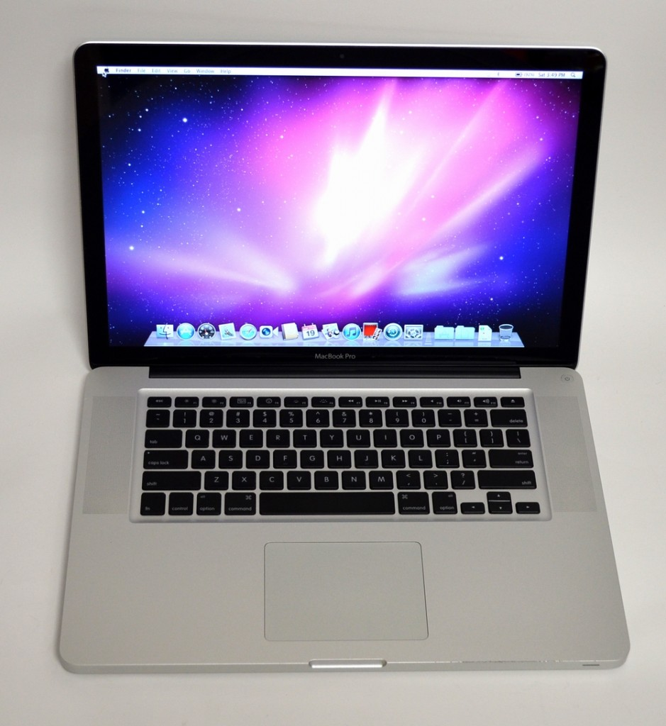 中古MacBook Pro買取ました!15-inch,Early 2011 Core i7 MC721J/A