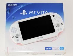 壊れたPSVITA買取ました!PlayStation Vita PCH-2000 ZA19