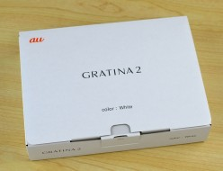 新品未使用 au GRATINA2買取ました!KYY10SWA ホワイト
