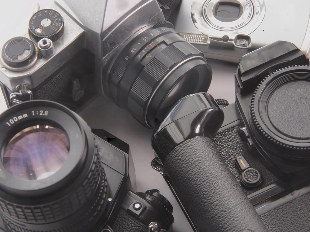 フィルムカメラ買取!ジャンク品ジャパンなら古いカメラまで買取いたします!